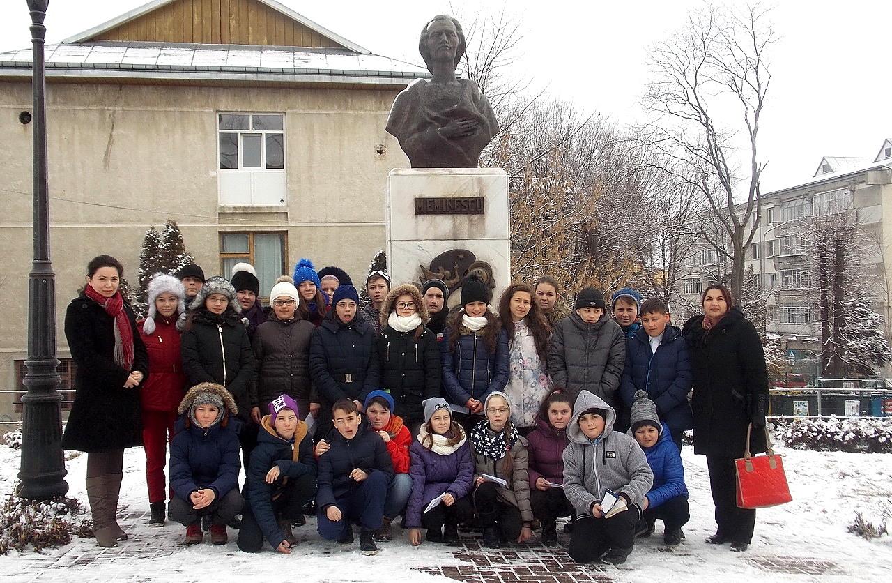 În amintirea lui Mihai Eminescu