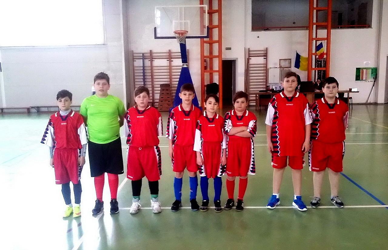 echipa-fotbal-scoala-ion-irimescu-2